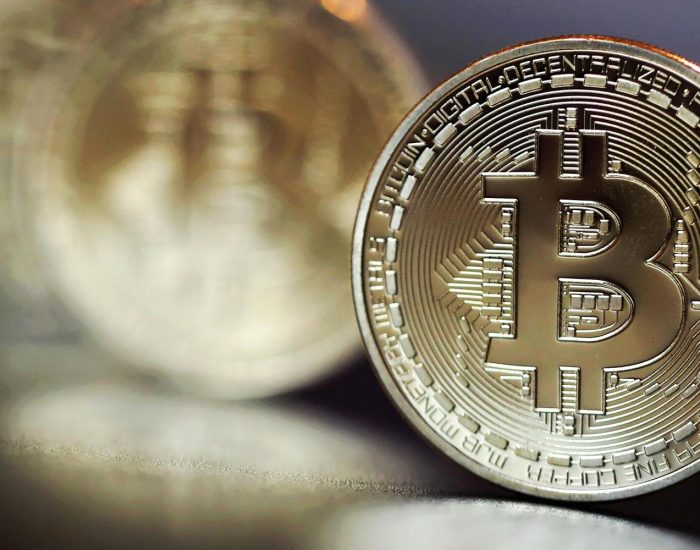 Earn Bitcoin without Any Worries: The Safest Currency Around
