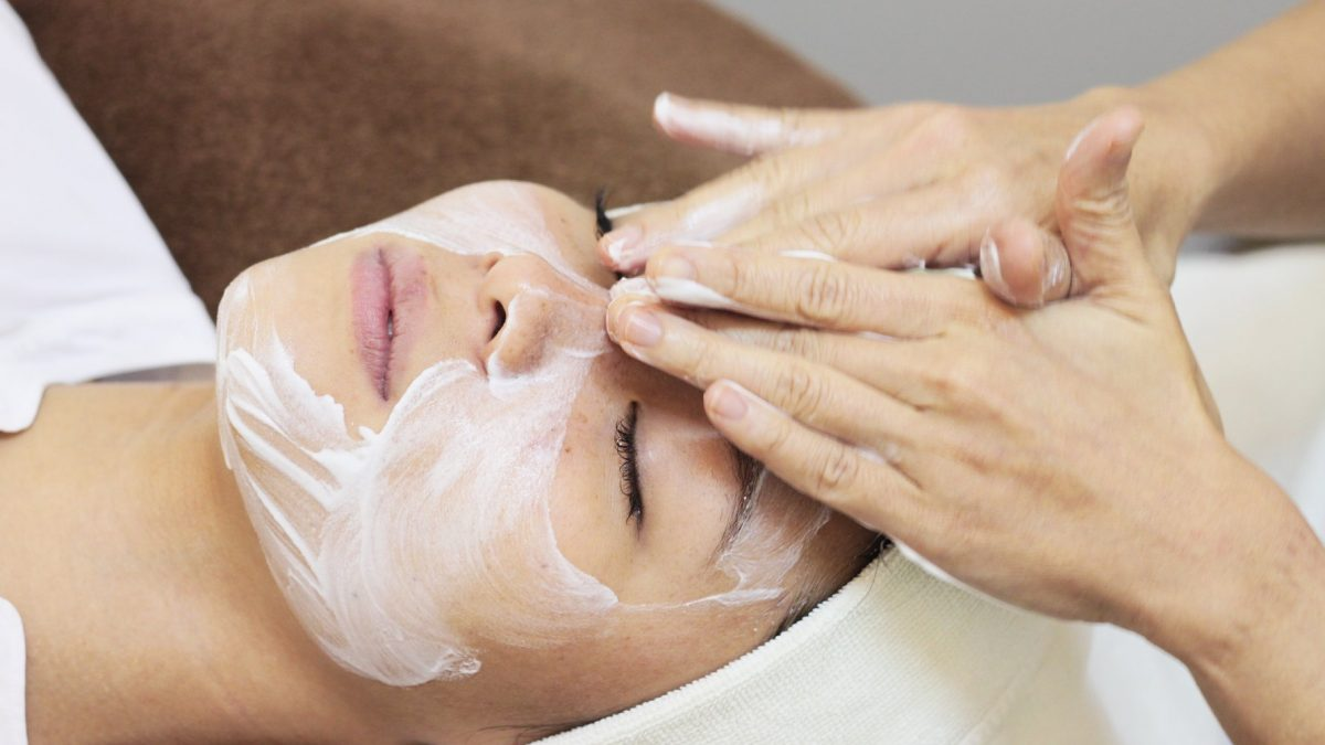 Advantages of Selecting the Beauty Services to Improve the Texture