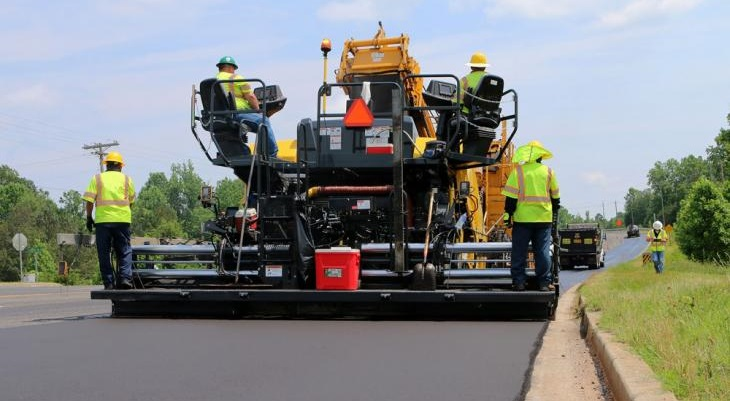 Proper Asphalt Paver Maintenance that Customers Win