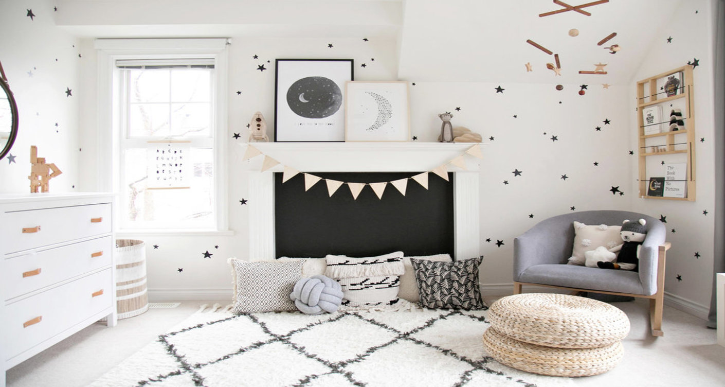 Make The Place Delightful Through Pasting The Admirable Wallpaper